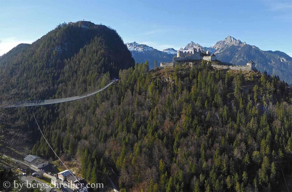 highline 179, eine der längsten Fußgänger-Hängebrücken der Welt